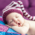 Причины ночных пробуждений у малышей от рождения до 5 месяцев
