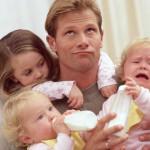 Что делать, если муж совершенно не хочет помогать мне с ребёнком?..