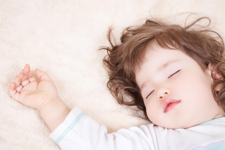 Защищено: Как приучить ребенка к кроватке и переселить в свою комнату